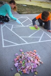 Chalk Mosaic | Frugal Fun Mom