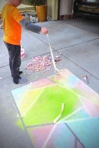 Sidewalk Chalk Mosaic | Frugal Fun Mom